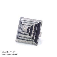 本格派大人のB系    指輪【CN-RI-ME-003】CLUB NO1Z/クラブノイズ ≪GREAT PYRAMID RING≫男女兼用 アンティークピラミッド真鍮リング アクセサリー  鉄・メタル 【Fサイズ】 (01)MAT SILVER