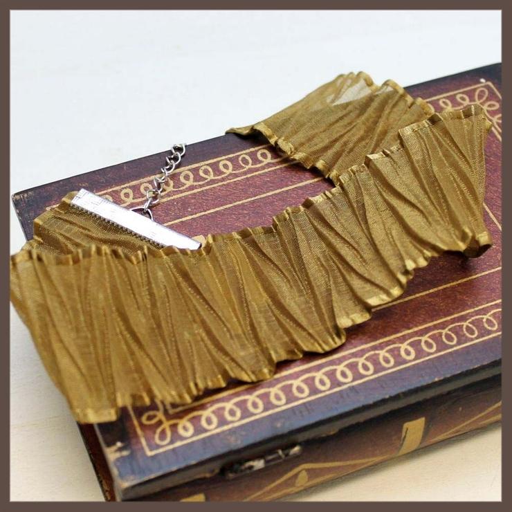 シャーリングデザインのゴールドチョーカーネックレス   lunolumo   詳細画像1