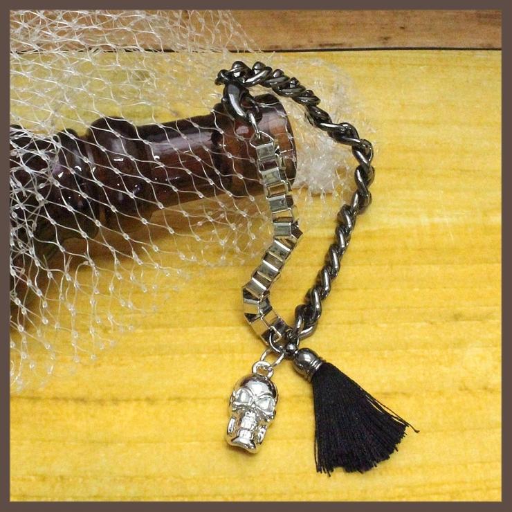 ハロウィン 髑髏とタッセルのロックブレスレット N   lunolumo   詳細画像1